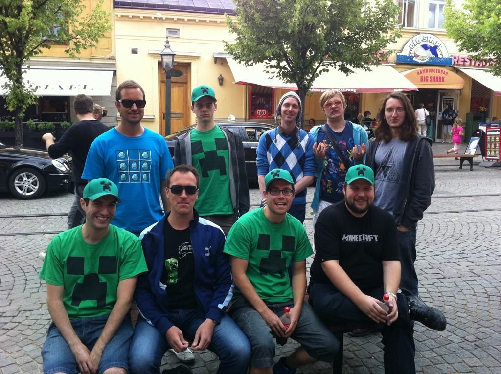 Photo des premiers développeurs de Minecraft à Mojang.