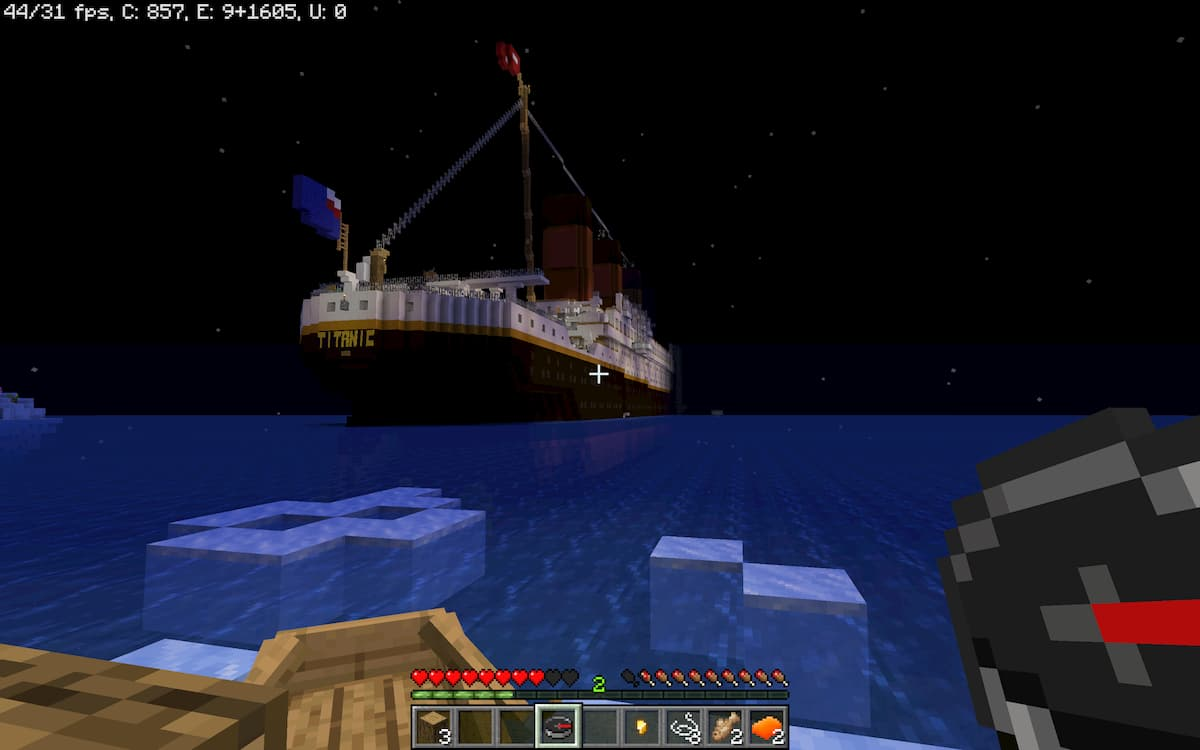Titanic Survival 2 : la vue du titanic depuis votre iceberg