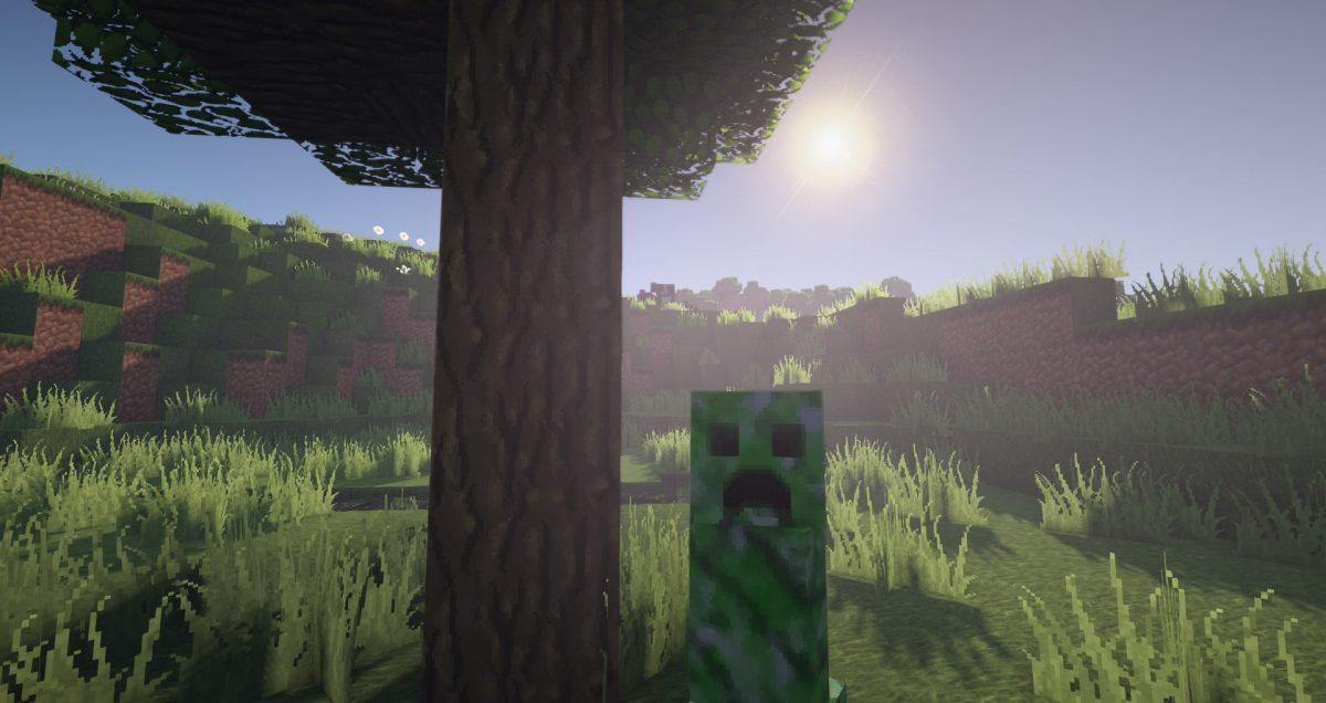 Steven's Tradionnal 64x64 : un creeper devant un arbre
