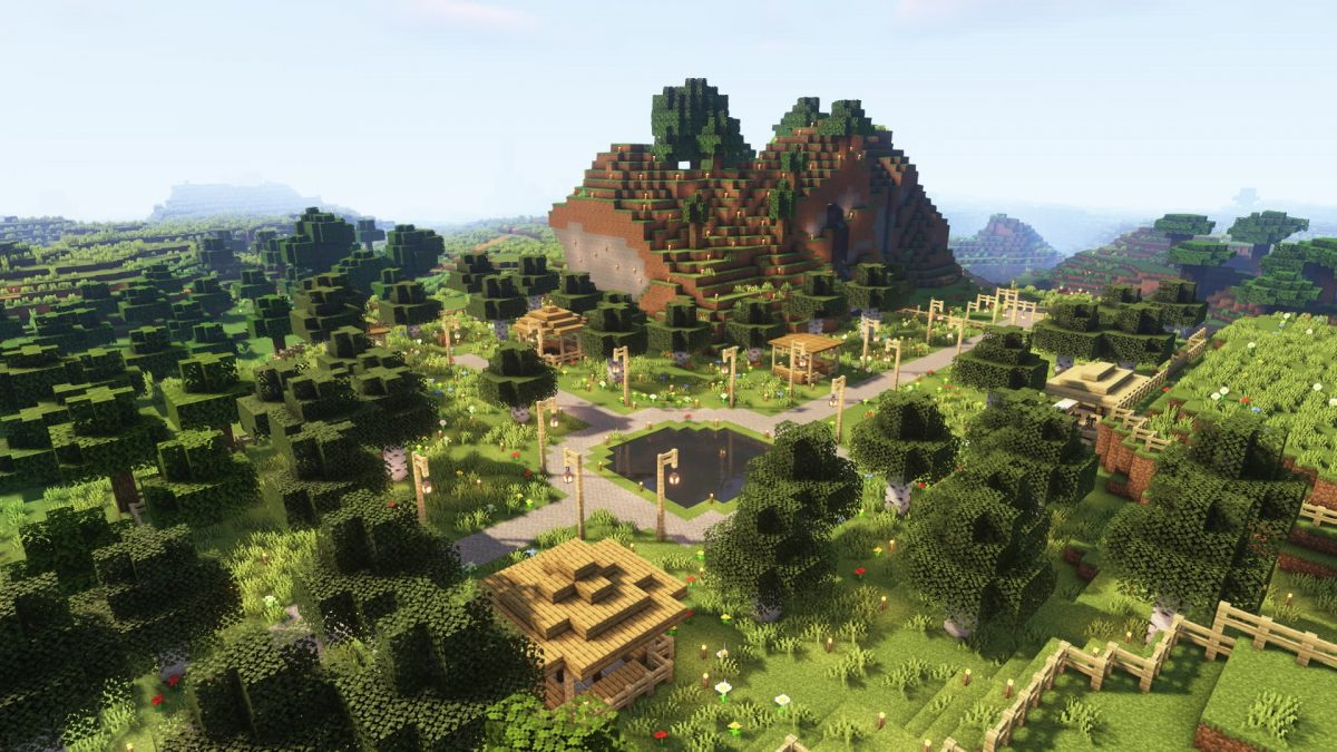 Un village au pied d'une colline